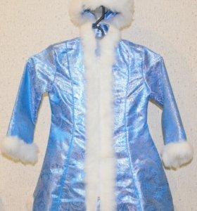 Очень красивый костюм Снегурочки