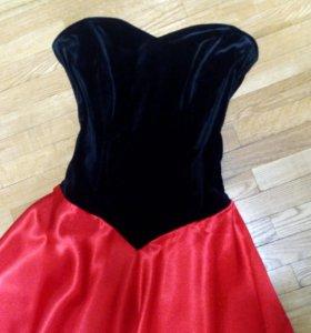 Вечернее платье р 40-42