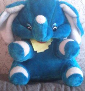 Продам слона.