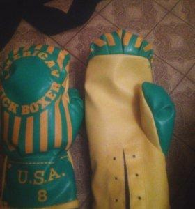 Перчатки по кикбоксингу