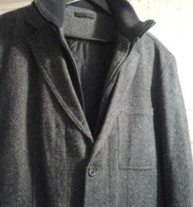 Мужское пальто+жилет с воротником р.54-56.