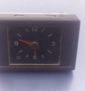 Часы на ваз 2111