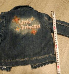 Куртка джинсовая на девочку.