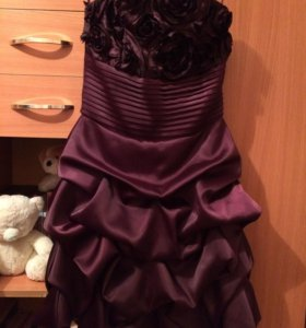 Вечернее платье ( лилового цвета)хорошее состояние