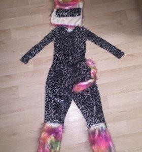 Классный карнавальный костюм кошки)