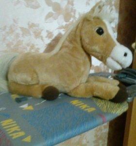 Пони карамелька