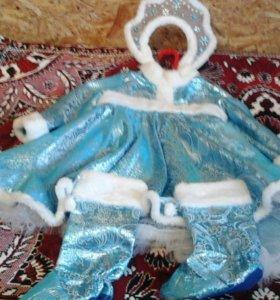 Новогодний костюм снегурочки.  От 2-4 лет.