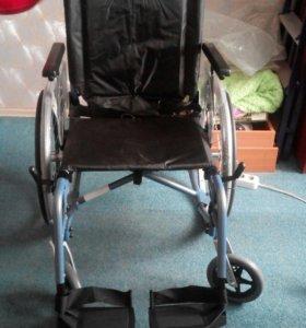 Инвалидное кресло- коляска детская