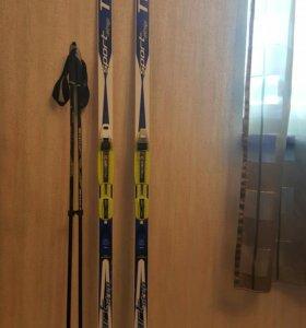 Продам лыжный комплект. Рост 140, размер ботинок 3