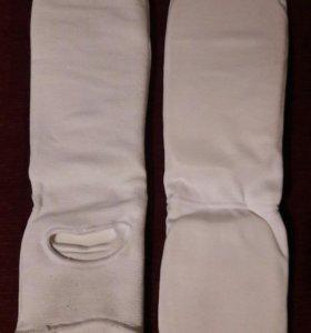 Защита на ступни и голени для борьбы