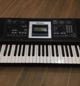 Продам  пианино MEDELI