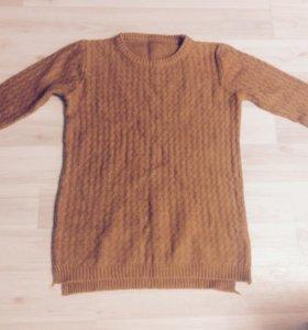 Новый свитер 44-46 размера