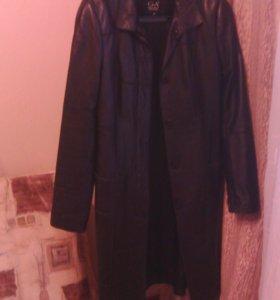 Пальто кожаное. Новое. 👍