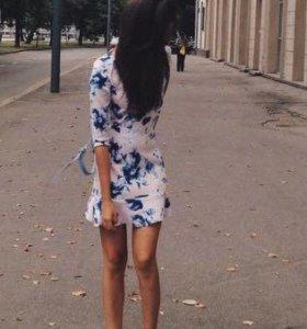 (См.др.вещи) Платье в пудровом цвете с цветами