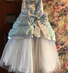 Платье для праздничное для девочки