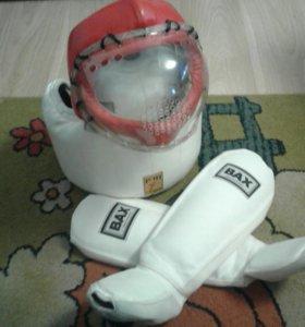 Жилет s   шлем  L  накладки