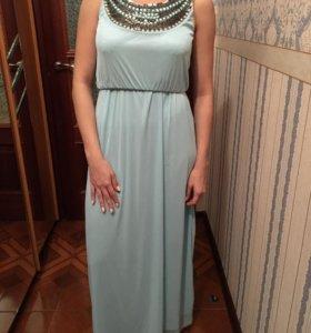 Платье (с вырезом на спине)