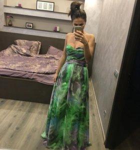Вечернее платье в пол размера xs (40/42)