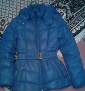 Зимнюю женскую куртку