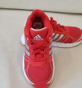 Кроссовки Adidas р. 30