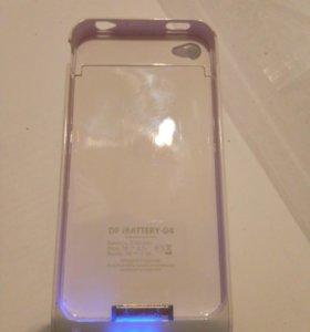Чехол опортативное зарядное устройство на iPhone 4
