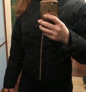 Укороченый женский пуховик( куртка)