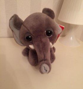 Плюшевый слон большие глаза