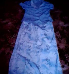 Платье и костюмы