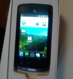 Смартфон Fly iq238, 2 сим-карты
