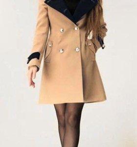 Пальто с меховым воротником (кролик)