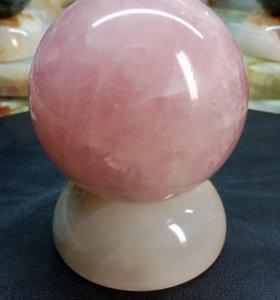 Шар из розового кварца
