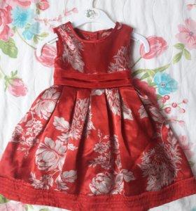 Платье для девочки,нарядное.