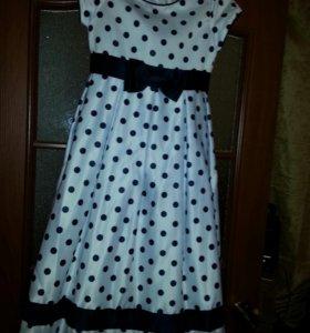 Платье