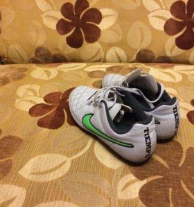 Бутсы Nike TIEMPO