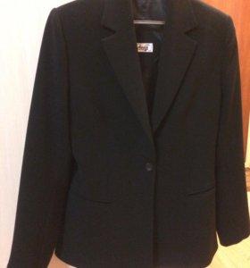 Пиджак приталенный р. 44