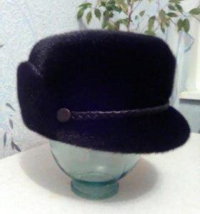 Мужская норковая шапка.