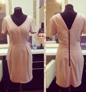 Нежно- розовое пудровка платье