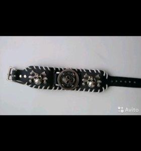Ультрамодные молодёжные часы-браслет