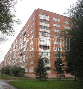 Продаю 1 комн. квартиру по Пр-кт Победы 126