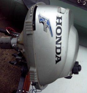 лодка пвх. мотор хонда.
