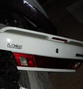 Крышка богажника ВАЗ 2115 белая