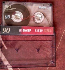 """Аудиокассета с песнями группы """"Кино"""""""