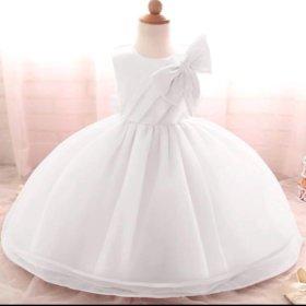 Белоснежное платье на маленькую снежинку 4/5 лет