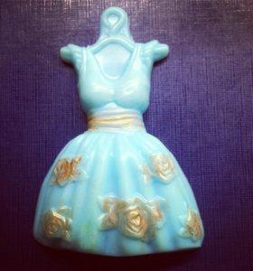 Мыло в форме платья