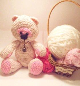 Мишка девочка Розочка(вязаная крючком игрушка)