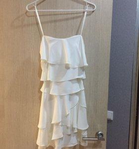 Платье новое BCBG
