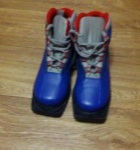 Ботинки лыжные.размер-36р.
