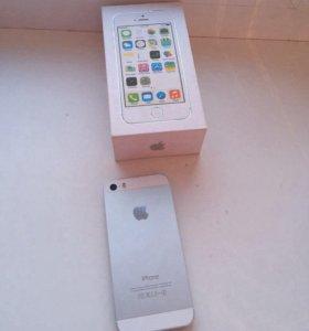 Новый iPhone 5s на 16gb