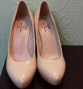 Туфли.Натуральный лак