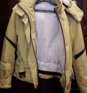 Куртка (женская)